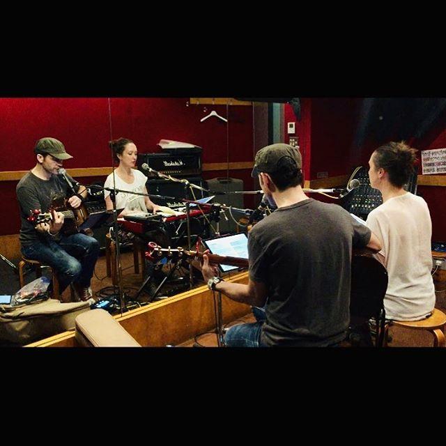 7時間の練習終り!バーガー食べたい🍔 #rehearsal #tour